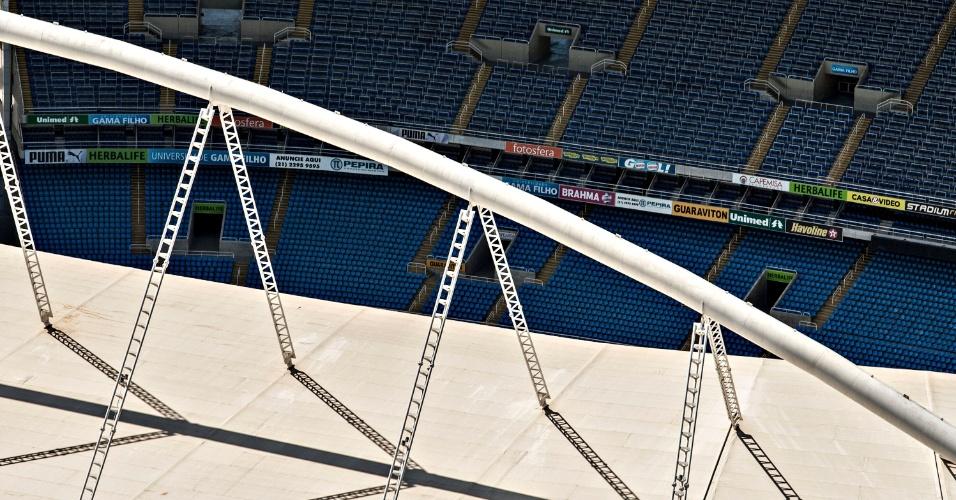 Detalhe da cobertura do Engenhão, responsável pela interdição do estádio