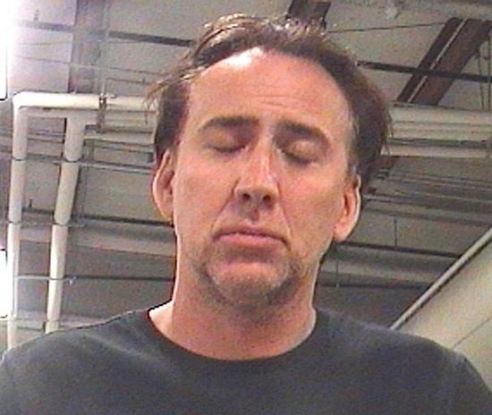 16.abr.2011 - Nicolas Cage foi detido acusado de violência doméstica contra a mulher, em Nova Orleans