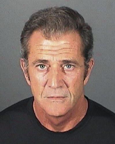16.mar.2011 - Mel Gibson teve suas impressões digitais coletadas para a ficha relacionada ao caso de agressão contra a ex-namorada Oksana Grigorieva