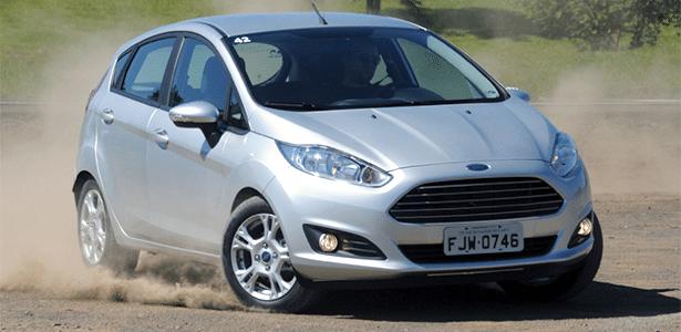 Ford New Fiesta SE 1.5 dá uma derrapadinha, mas foi de propósito: modelo é estável e bom de guiar - Murilo Góes/UOL