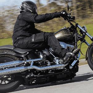 Harley-Davidson Blackline Hard Candy Custom - Doni Castilho/Infomoto