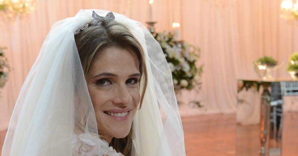 """Ingrid Guimarães é Tina em """"Sangue Bom"""""""
