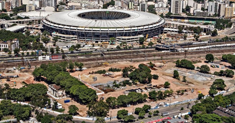 12.abr.2013 - Estação de metrô e trem próxima do Maracanã também vai passar por modernização
