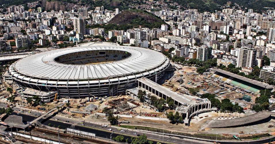 12.abr.2013 - Projeto de reurbanização do entorno do Maracanã deve estar pronto no final de maio