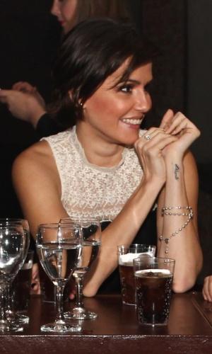 """25.abr.2013 - Quando questionada sobre o significado para ela da palavra amor, a atriz declarou: """"Amor para mim é família"""""""