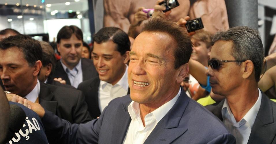 Arnold Schwarzenegger marca presença na abertura do Arnold Classic Brasil 2013, no Rio de Janeiro