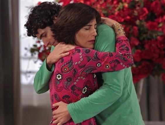 """No último capítulo de """"Guerra dos Sexos"""", Roberta diz que verdadeiro amor de Nando é Juliana"""
