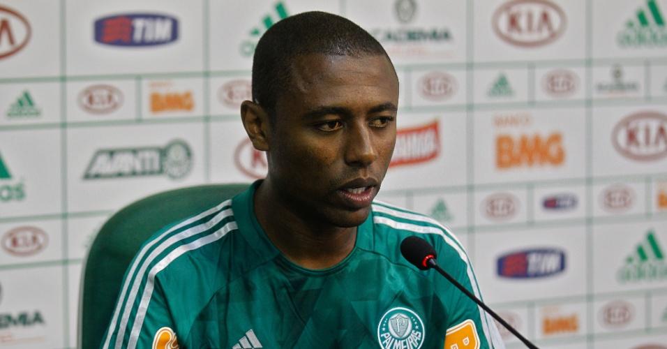 08-03-2013 - André Luiz é apresentado no Palmeiras