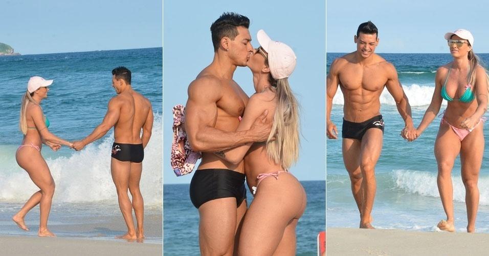 28.abr.2013 - Juju Salimeni curte praia com o noivo Felipe Franco na Barra da Tijuca, no Rio de Janeiro. A repórter do