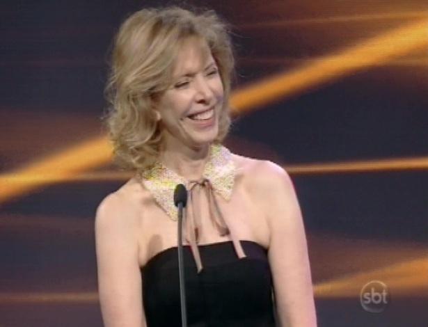 28.abr.2013 - Marília Gabriela recebe prêmio que ganhou em 2012 de Melhor Programa de Entrevista, no Troféu Imprensa 2013