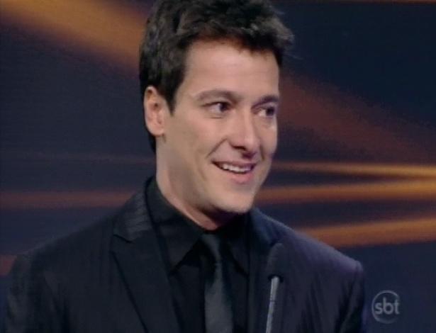 28.abr.2013 - Rodrigo Faro se emociona durante o Troféu Imprensa 2013