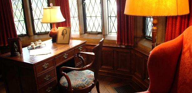 O escritório de Edsel Ford é um dos ambientes da antiga residência da família Ford que pode ser visitado - Eduardo Vessoni/ UOL