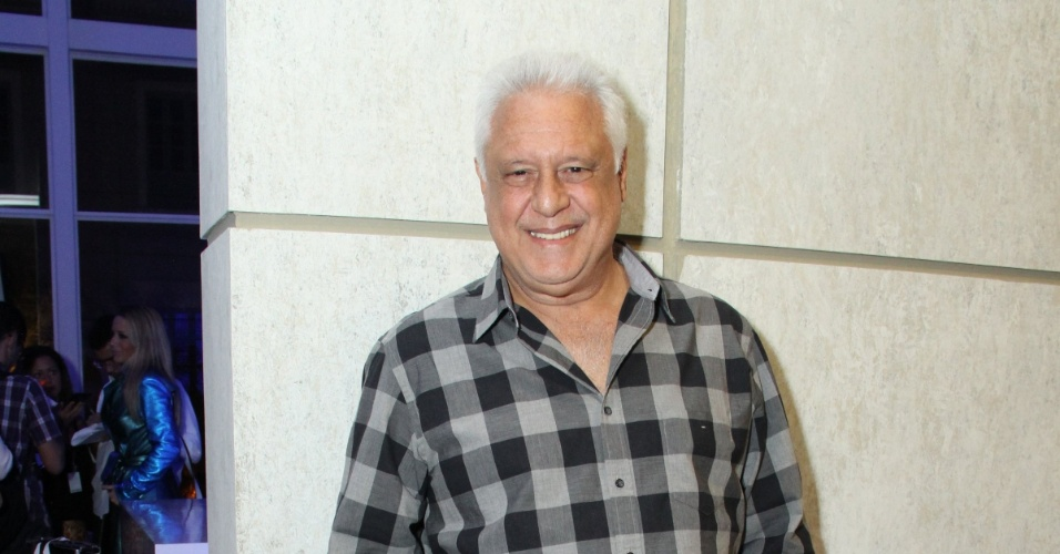 """30.abr.2013 - Antonio Fagundes foi à coletiva de lançamento da novela """"Amor à Vida"""" no Projac, no Rio; ele é um dos protagonistas da novela"""