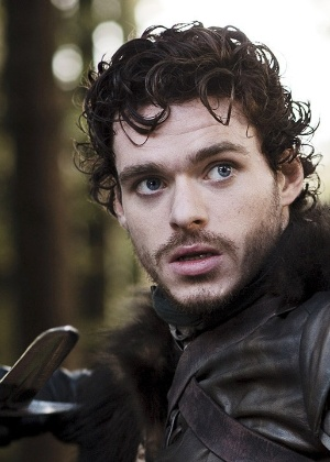 "Ator Richard Madden interpreta Robb Stark na série ""Game of Thrones"""