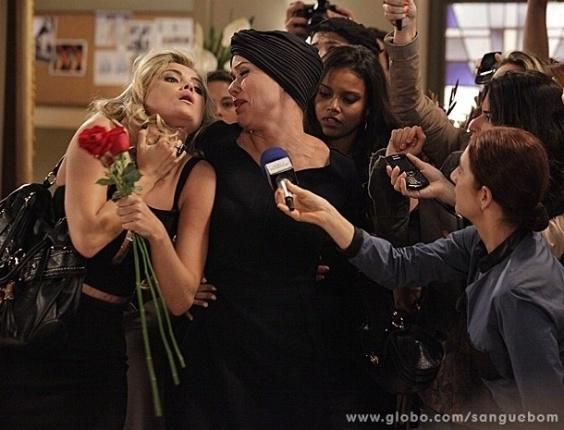 """1.mai.2013 - Em """"Sangue Bom"""", Bárbara Ellen ameaça Brunetty com vídeo comprometedor"""