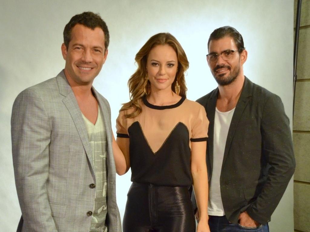 30.abr.2013 - Malvino Salvador, Paolla Oliveira e Juliano Cazarré na coletiva de lançamento da novela