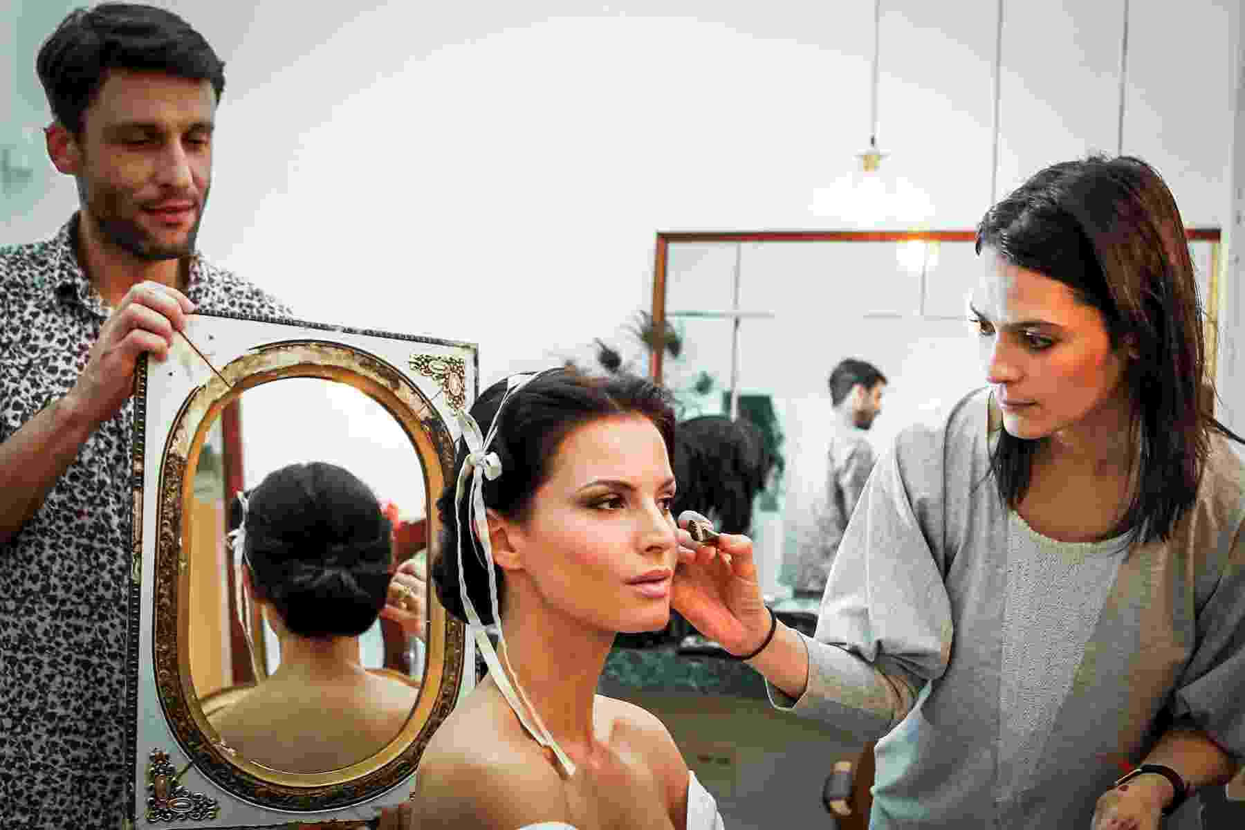 Passo a passo de beleza para noiva elaborado por Vanessa Rozan e Vito Mariella, do Liceu de maquiagem - Leandro Moraes/UOL