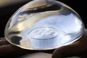 Silicone aumenta risco de morte por câncer de mama, diz estudo