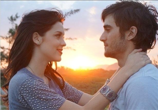 Atriz Sophia Abrahão publica foto ao lado de Fiuk e se declara