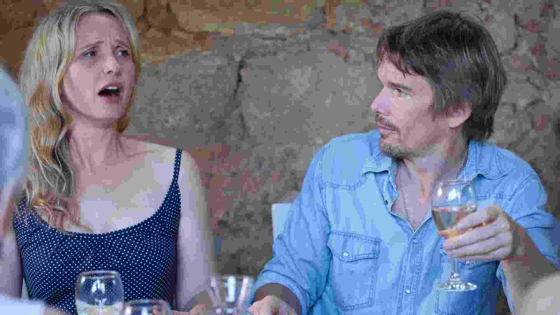 """Cena de filme """"Antes da Meia-Noite"""", terceiro longa baseado na história de amor de Jesse e Celine, interpretados pelos atores Ethan Hawke e Julie Delpy - Divulgação"""