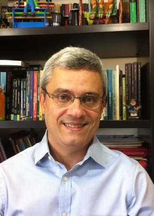 """O escritor e colunista do UOL Mário Magalhães, autor de """"Marighella - o Guerrilheiro Que Incendiou o Mundo"""" - Divulgação"""