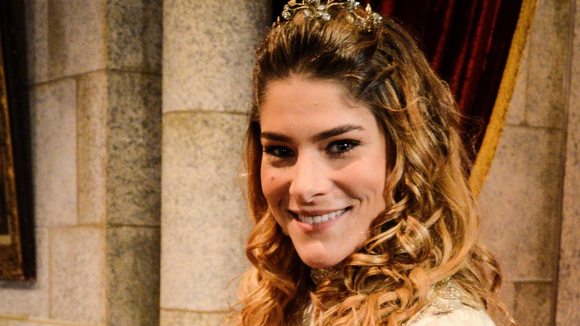 20.dez.2012 - Priscila Fantin durante especial de Natal da Globo