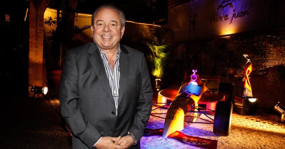 2.mai.2013 - Luciano do Valle em jantar da Band no restaurante Pobre Juan, localizado no bairro de Higienópolis, em São Paulo