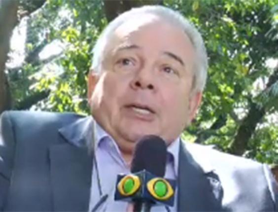Luciano do Valle lembra que transmitiu provas em cima de árvore
