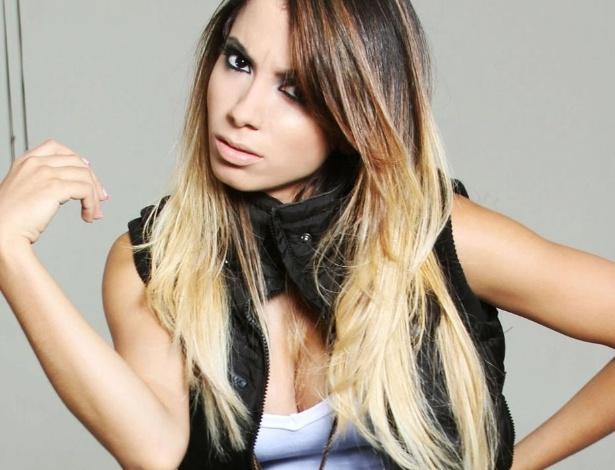 """A cantora Anitta, 20 anos, dona do hit """"Show das Poderosas"""", que está entre as músicas 100 mais tocadas das rádios brasileiras, segundo o site Hot100Brasil. Publicado no final de abril, o videoclipe da faixa já tem cerca de 1,5 milhão de visualizações no You Tube"""