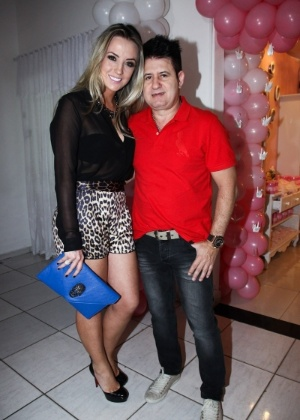 Marrone e a ex-mulher Natalia Pontes em 2013