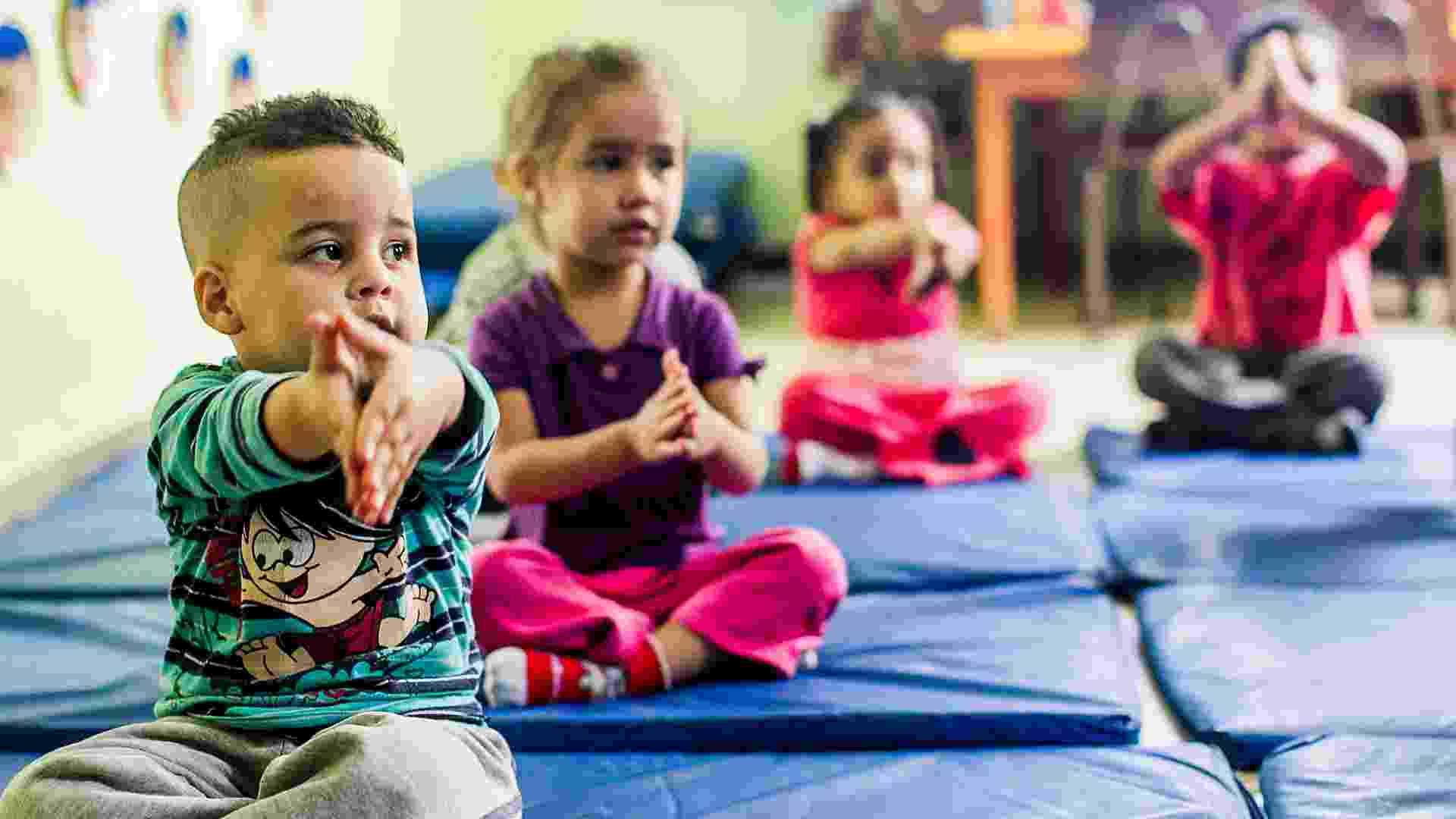CEI Lar de Crianças Ananda Marga tem aula de yoga na zona norte de SP - Leonardo Soares/UOL