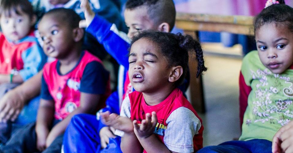 CEI Lar de Crianças Ananda Marga tem 'círculo do amor' na zona norte de SP