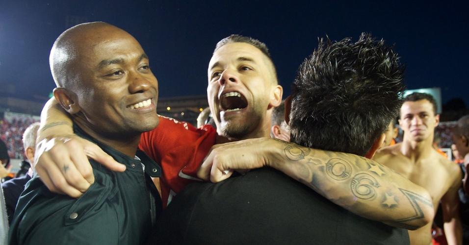 D'Ale comemora título do Gauchão 2013 com Kleber e Dátolo (05/05/2013)
