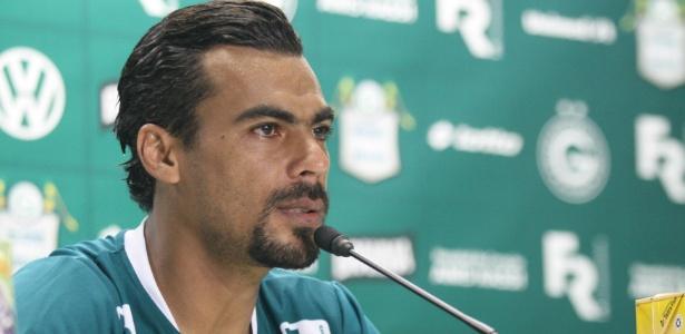 O experiente atacante Araújo fez seu primeiro gol em seu retorno ao Goiás