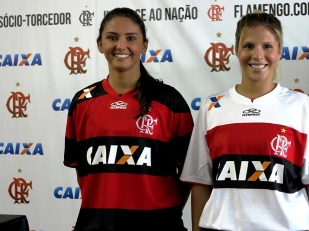 Marcela Pereira (direita), atleta de nado sincronizado do Flamengo, morreu aos 22 anos no dia 29/06/2013 em um acidente de carro no Rio de Janeiro