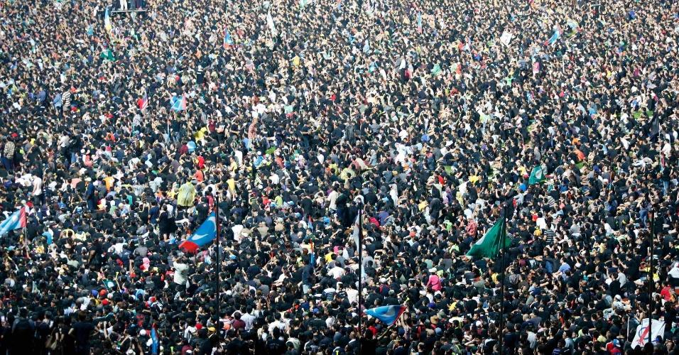 9.mai.2013 - Manifestantes protestam em Kuala Lumpur contra o resultado das eleições gerais da Malásia, realizadas no domingo (5) e marcadas por conflitos étnicos