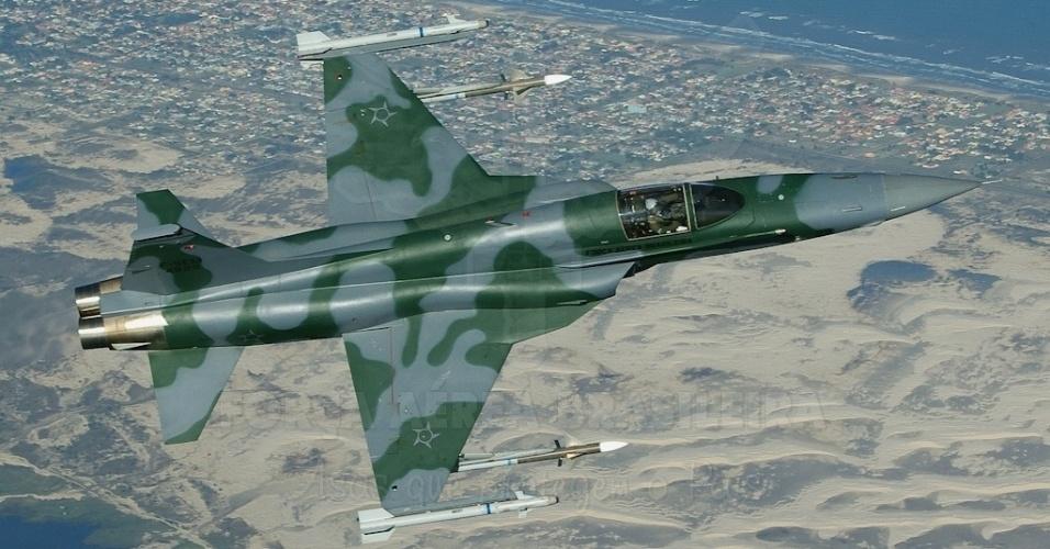 O caça supersônico F5 EM terá função de identificar, orientar, dissuadir e, em último caso, abater aeronaves em rota proibida