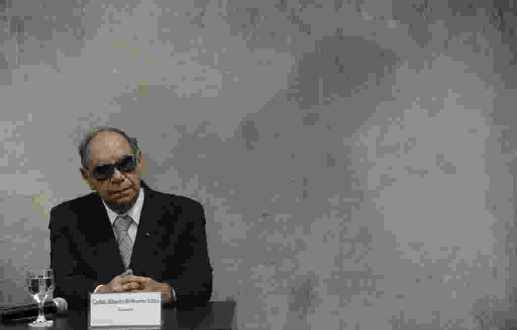 10.mai.2013 - O coronel reformado e ex-comandante do DOI-CODI em São Paulo Carlos Alberto Brilhante Ustra presta depoimento à Comissão da Verdade, em Brasília - Sérgio Lima/FolhaPress