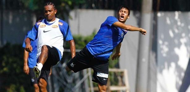 Pinga sempre figura ao lado de Neymar durante os treinos do Santos no CT Rei Pelé - Ricardo Saibun/Divulgação Santos FC