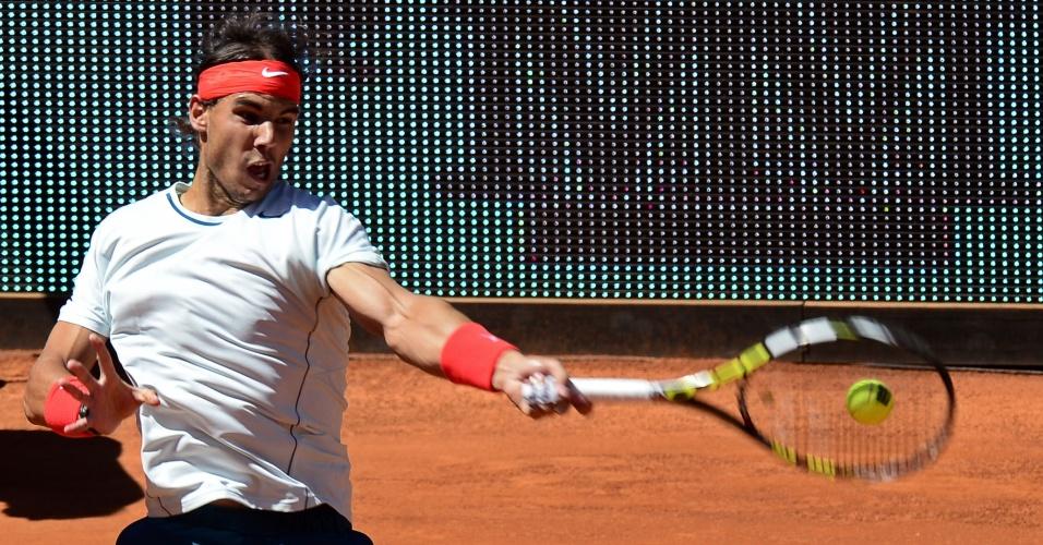 11.mai.2013 - Espanhol Rafael Nadal vai à final de Madri e busca terceiro título do torneio