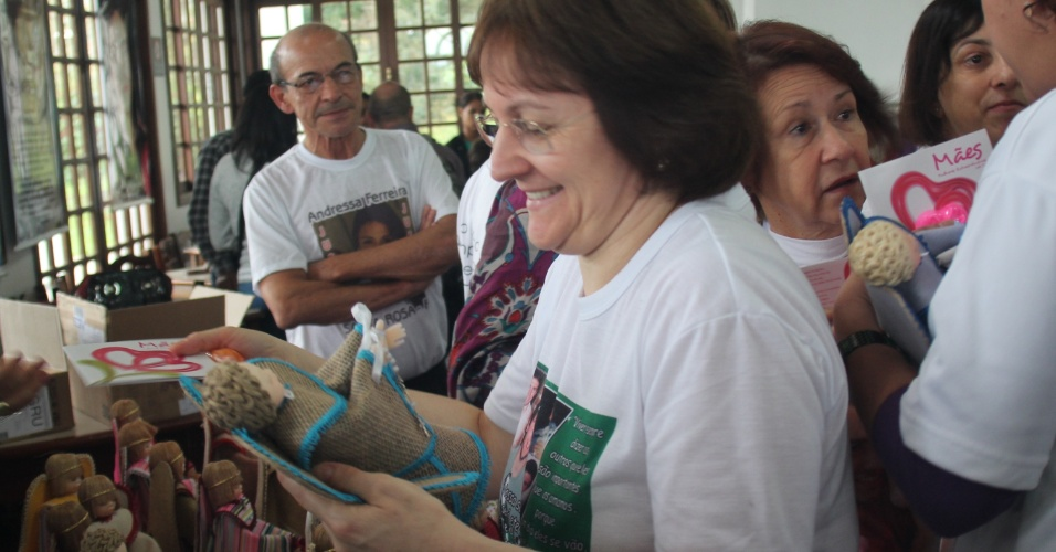 12.mai.2013 - Representantes do projeto