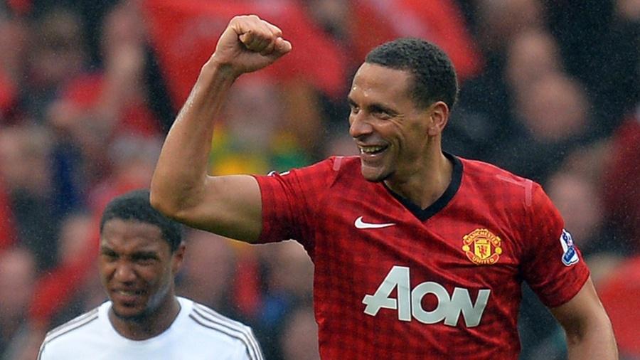 Rio Ferdinand comemora o gol da vitória do Manchester United - ANDREW YATES / AFP