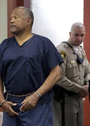 13.mai.2013 - O.J. Simpson no tribunal em Las Vegas - Julie Jacobson/Getty Images/AFP