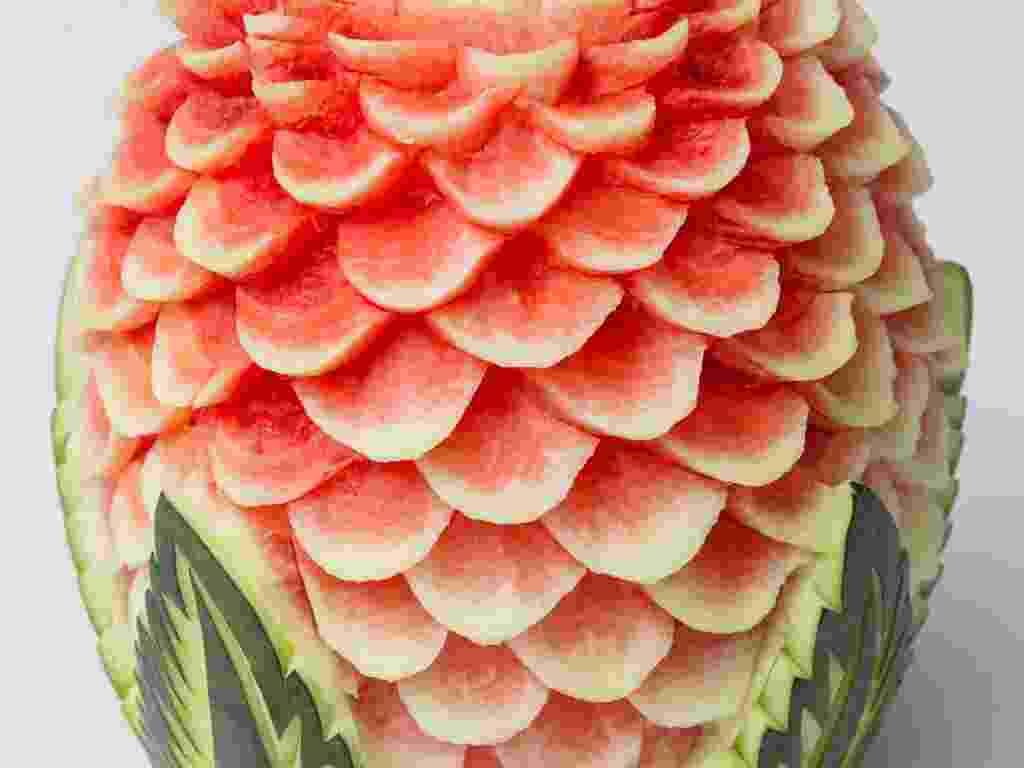 Imagem para matéria do Casamentoclick de frutas esculpidas para a decoração do casamento - Thinkstock