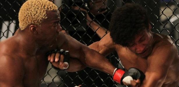 William Patolino nocautou Tiago Alves e foi o primeiro classificado para a semifinal do TUF Brasil 2 - Divulgação/UFC