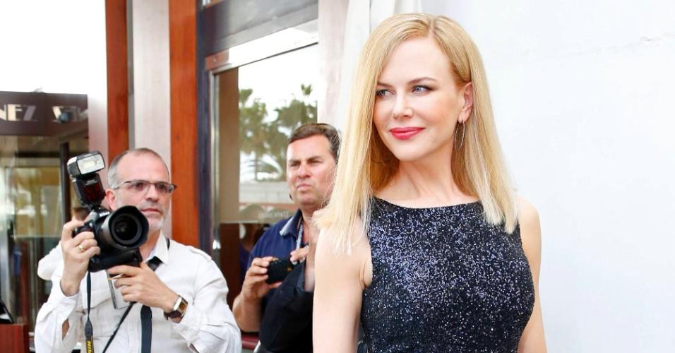 14.mai.2013 - Nicole Kidman, também integrante do júri do Festival de Cannes 2013, chega ao Grand Hyatt Cannes Hotel Martinez