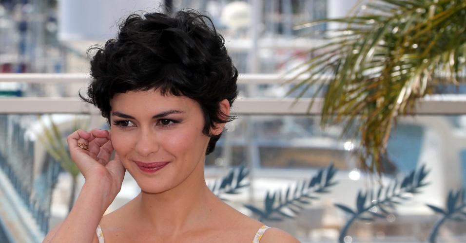 14.maio.2013 - Audrey Tatou, mestre de cerimônias do Festival de Cannes 2013, posa para os fotógrafos na véspera do início do festival