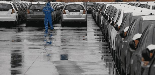 Modelos da Honda aguardam longo processo de exportação no cais do porto de Santos (SP)  - Moacyr Lopes Junior/Folhapress