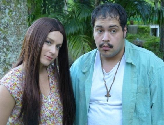 15.mai.2013 - Angélica e Tiago Abravanel se caracterizam como Ruth e Tonho da Lua para o