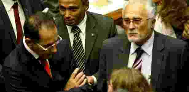 Os deputados João Paulo Cunha (à esq.), José Genoino (à dir.) e Sibá Machado (centro), do PT - Pedro Ladeira/Folhapress